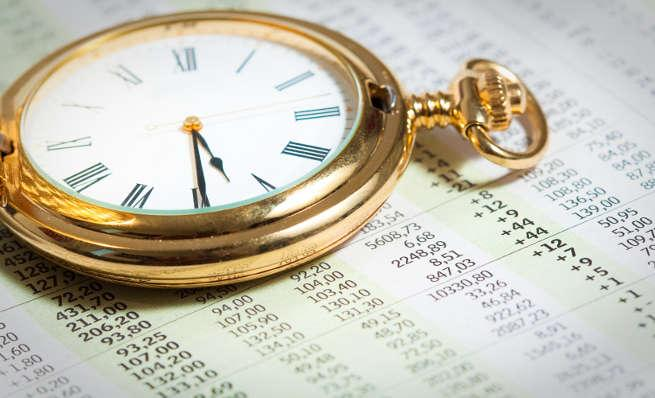 Time in, or Timing the stock market. What's the best approach for you?
